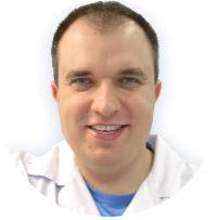 Хирург стоматолог Изергин Вадим