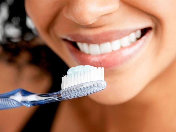 udalenie-zubnogo-kanmya-v-kazani